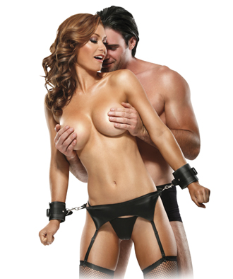 Bondage Garter Belt Set