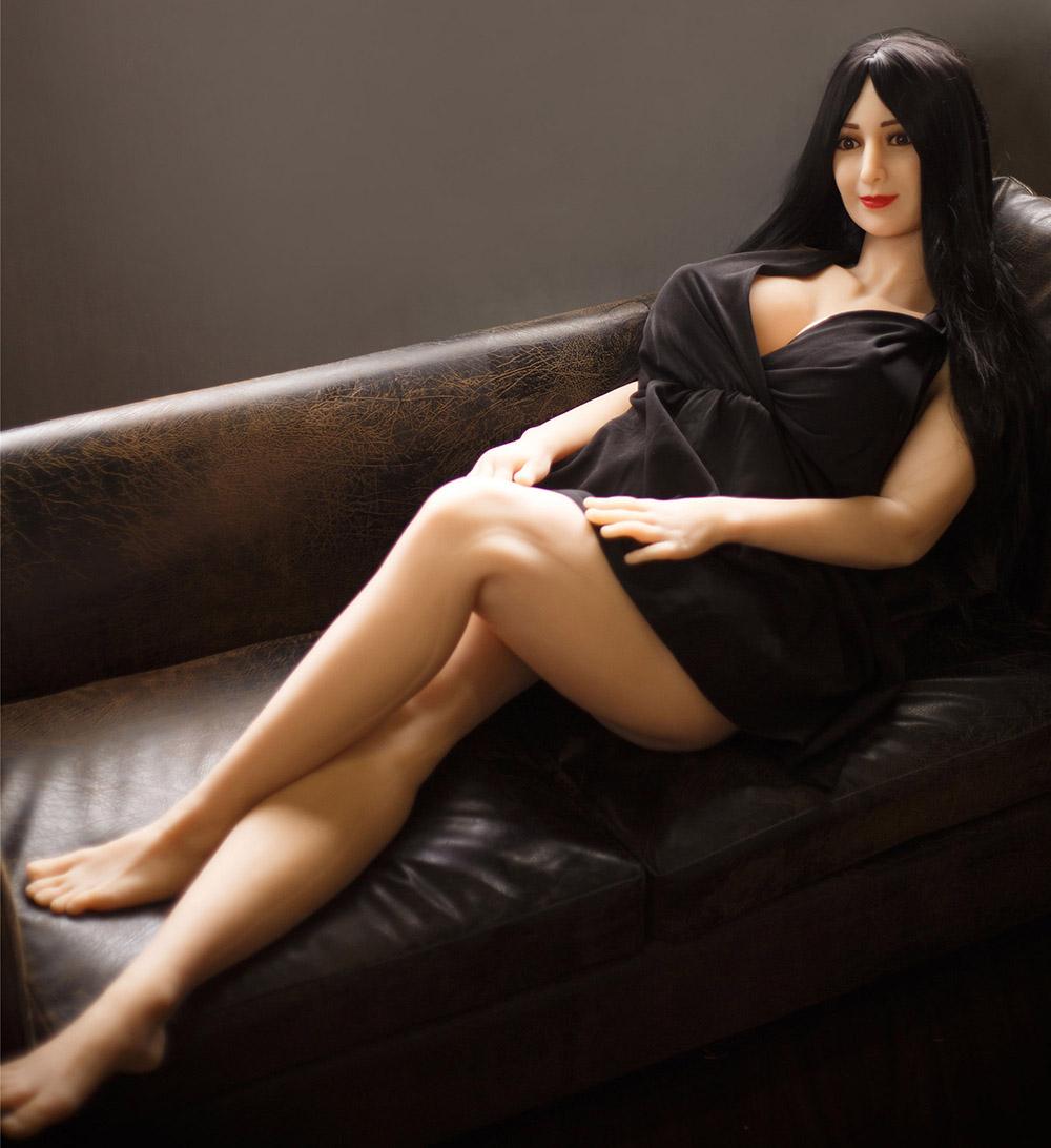 Belena Fat Love Doll