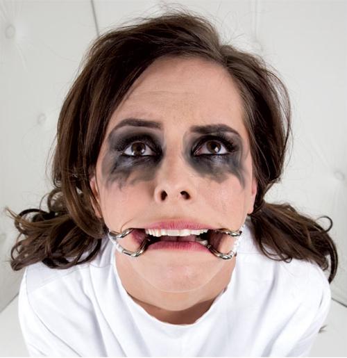 Asylum Hook Claw Mouth Spreader